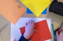 Atelier enfants à réaliser à la maison / à l'école Papiers découpés